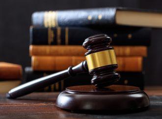 Kiedy przysługuje adwokat z urzędu?
